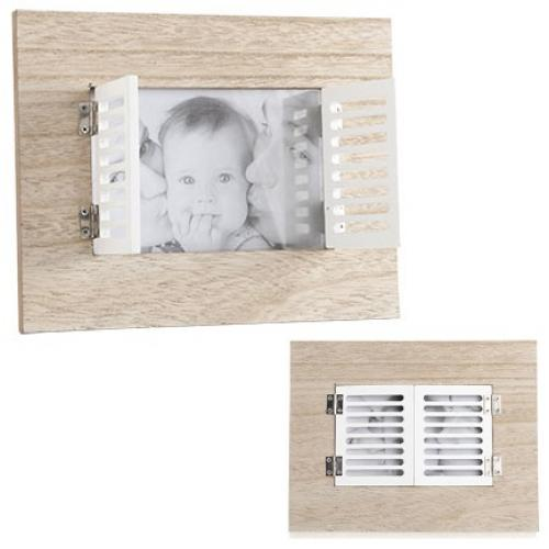 מסגרת עץ דקורטיבית לתמונה בצורת חלון