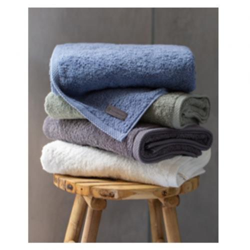 מגבת גוף איכותית דגם קלאסיקו במידות 70/130 - ורדינון