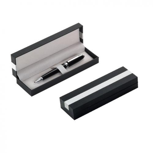 קופסא מהודרת כהה מפלסטיק עם פס מתכת, מתאימה לעט בודד או זוג עטים