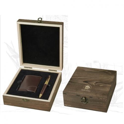מארז מתנה מעץ מתאים לארנק קטן ועט מבית גבעוני