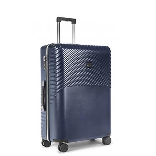 """מזוודה חכמה עם אפליקציה לעליה למטוס """"21 מבית Rollink"""