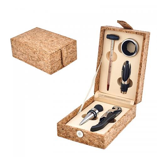 מארז מתנה ליין 5 חלקים בקופסאת עץ שעם