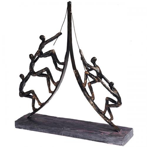 """פסל אומנותי -  """" עבודת צוות """"   (אנשים מטפסים +חבל)"""