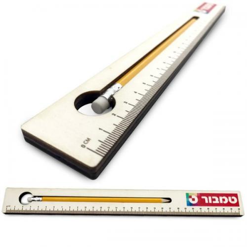 סרגל עץ עם עפרון