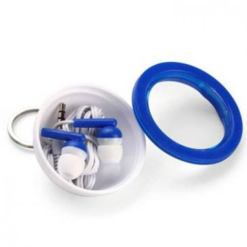 אוזניות בתוך מארז עגול ומחזיק מפתחות
