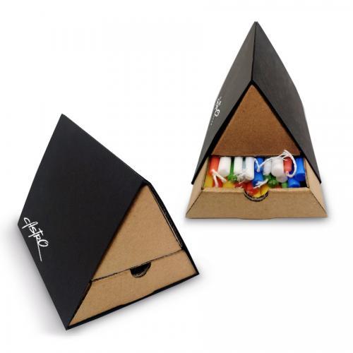 קופסת נרות בצורת משולש - לחנוכה שמח!