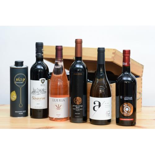 מארז 5 יינות ושמן זית בתיבת עץ לחג