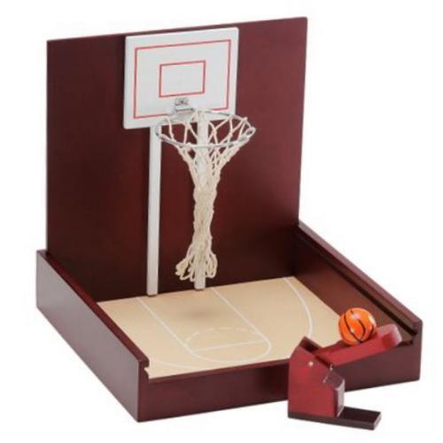 משחק מנהלים מגרש כדורסל