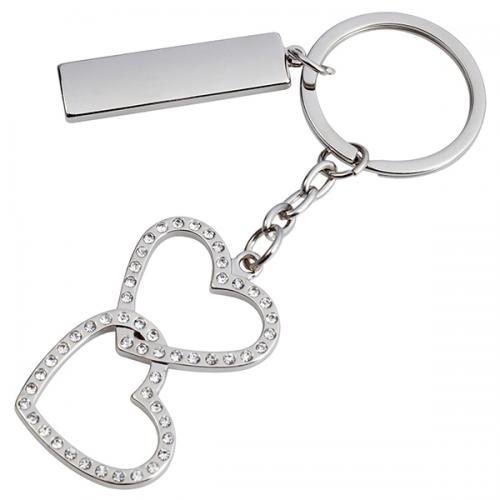 """מחזיק מפתחות """"זוג לבבות משובצים"""" + לוחית"""