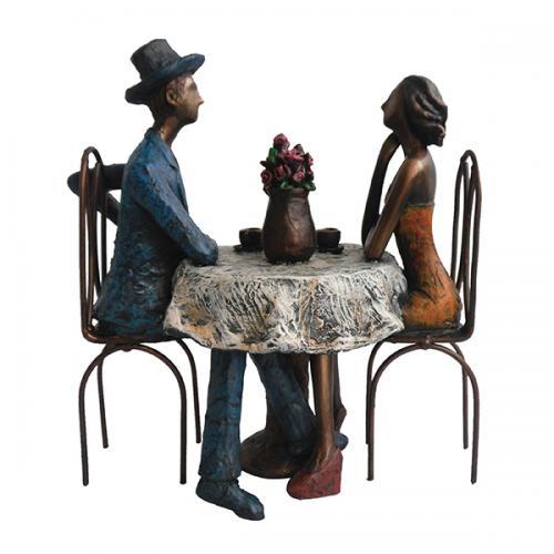 פסל אומנותי  - קפה מילאנו (אגרטל+מגבעת)