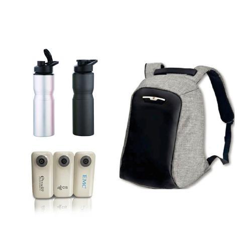 תיק נגד גניבות מבית Swiss Global בשילוב מטען נייד עוצמתי ובקבוק שתייה איכותי