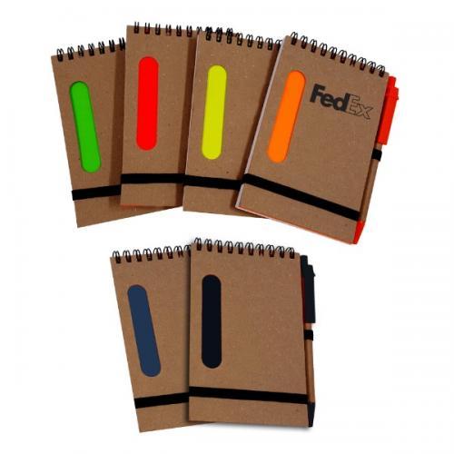 פנקס ממוחזר A6 עם פס צבעוני+עט ממוחזרת