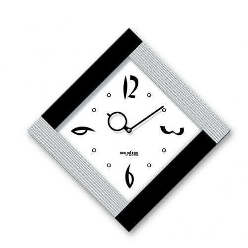 שעון קיר ריבוע