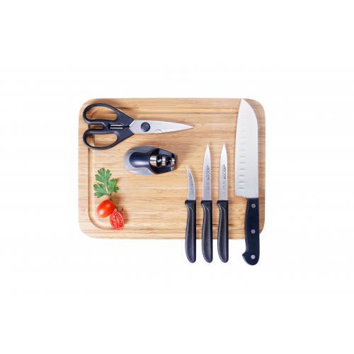 מארז מהודר של סכינים ואביזרים למטבח  של מותג העל העולמי ARCOS