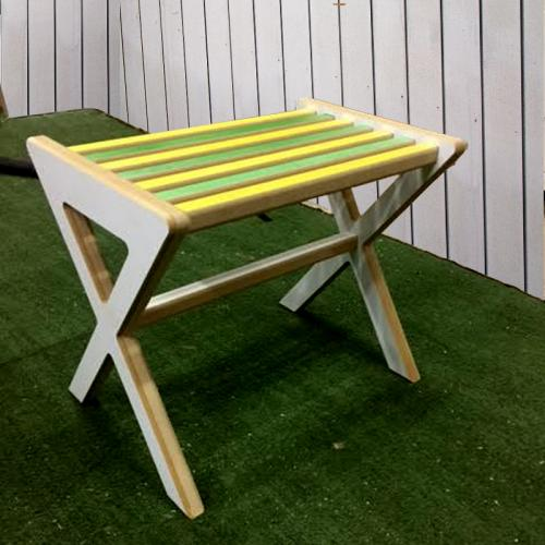 ספסל עץ מעוצב